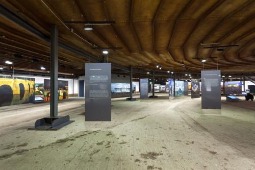 Big Air Package, Skulptur von Christo im Gasometer Oberhausen