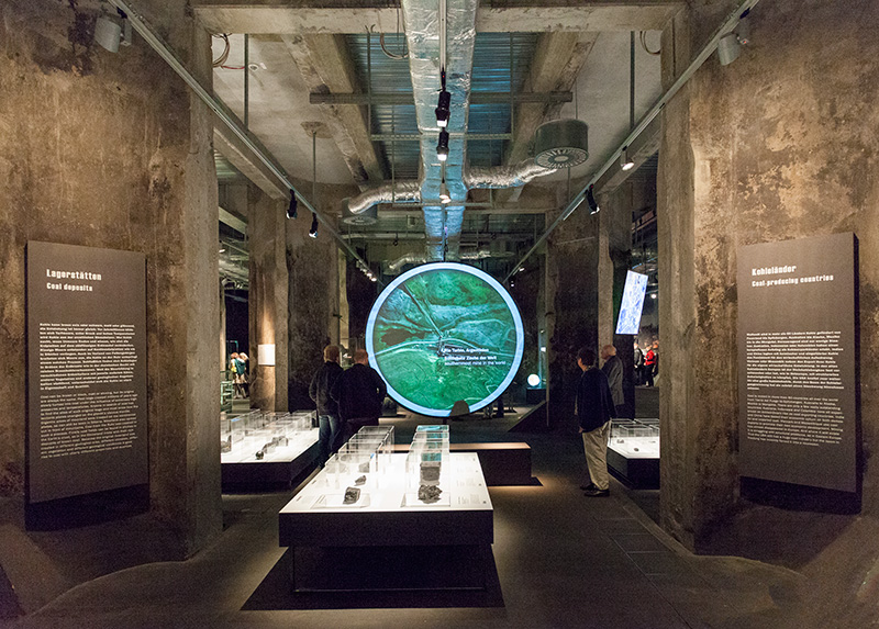 """Kohle Global ""im Ruhrmuseum Essen"